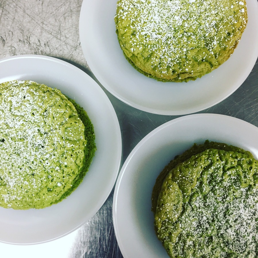 Good Dish: Flourless Matcha Tea Cake